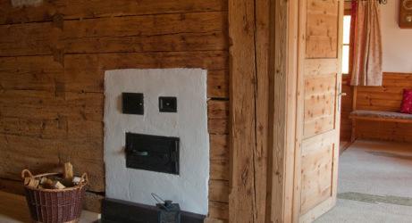 Holzofen im Erdgeschoss